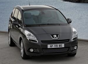 Peugeot 5008 vue de face