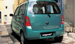 Suzuki Wagon R+ en vue arrière