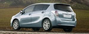 Toyota verso vue de derriere
